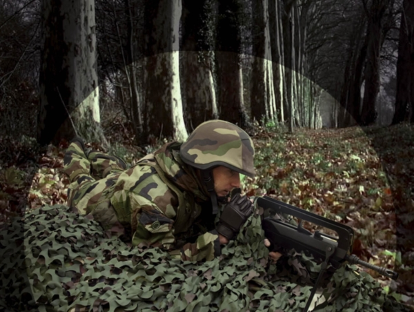 Filet de camouflage 3D retardant feu compact